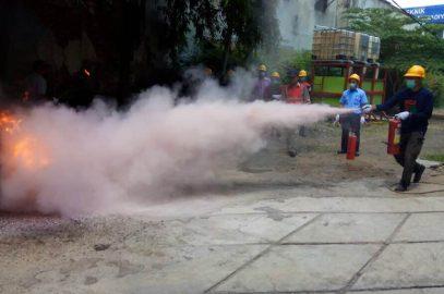 Pelaksanaan Pelatihan kebakaran kelas D, 5 – 7 September 2017